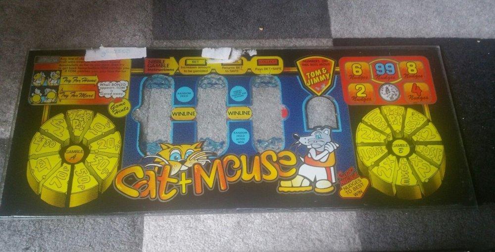 Bell Fruit Cat & Mouse Glass 2.jpg