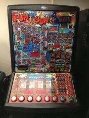 Fun In The Sun Club Fruit Machine (Crystal)